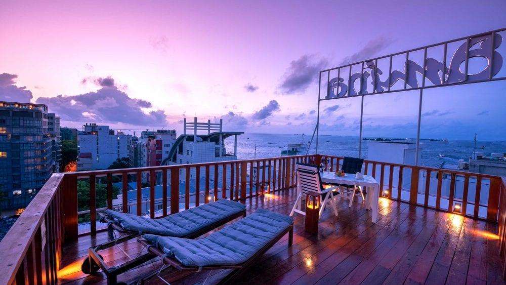 AMINA Lounge   Sun Deck